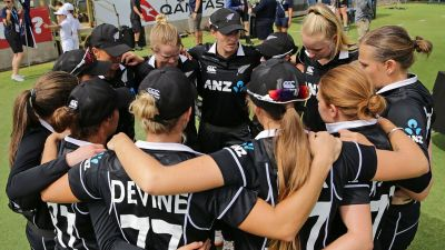 This player gets command of coach of New Zealand women's cricket team