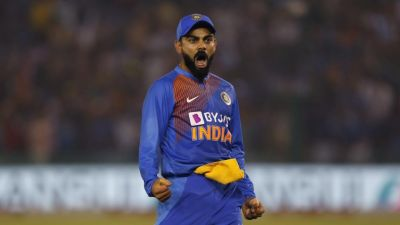 T20 Series: Virat Kohli praised everywhere for this catch