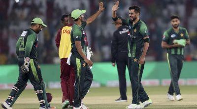 Pakistan whitewash Windies with 8 wickets win