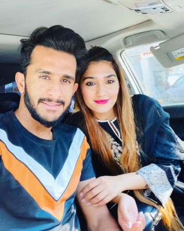 Hasan Ali with wife Samyah announces birth of first child
