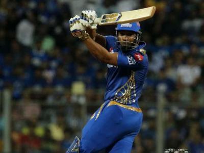 'Bohot Hard, Bohot Hard' Yuvraj Singh lauds captain's knock of Pollard against KXIP