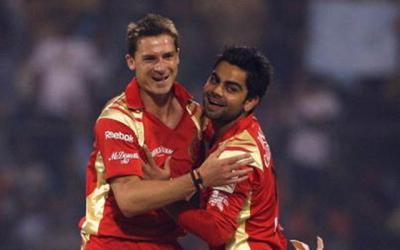 Dale Steyn replaces Nathan Coulter-Nile for RCB