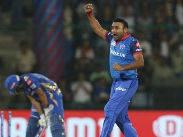 Amit Mishra becomes 1st Indian bowler to take 150 wickets in IPL