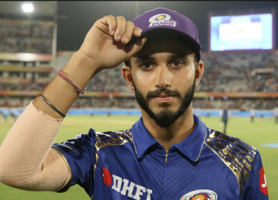 IPL 2018: Mayank Markande holds the purple cap