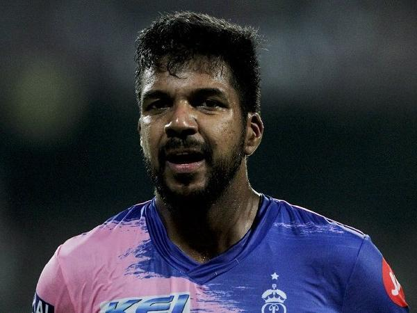 Want to play for my country: Varun Aaron