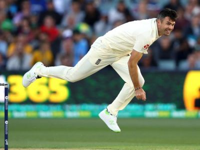 Ashes: England need 354 runs after Anderson and Woakes destroyed Aussies batsman