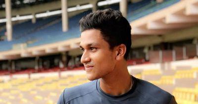 ICC World Cup under-19 Final Live: Manjot Kalra scores fabulous century against OZ