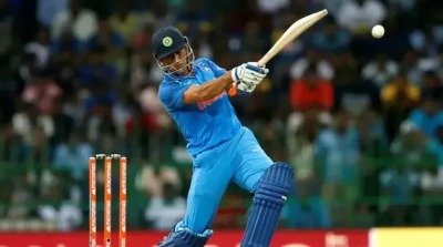 Watch: MS Dhoni loses his calmness at his partner