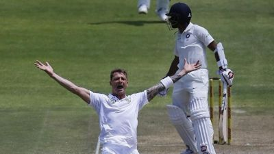 Big blow for Proteas, Dale Steyn is ruled out in the ongoing test series against India.