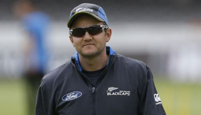 New Zealand coach Mike Hesson leaves job 12 months before ICC WC 2019