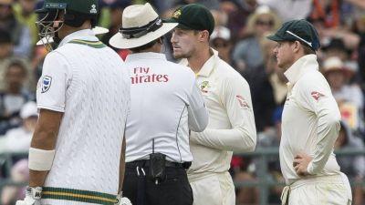 The new Australian coach calls Steve Smith a weak leader