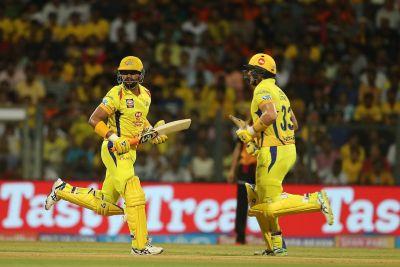 IPL 2018  final Live CSK vs SRH : Will Watson's 50 smash SRH dream ?
