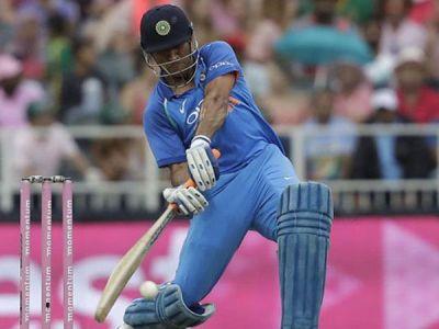 Asia Cup 2018: Will Dhoni make 95 runs to reach 10,000 ODI runs for India today?