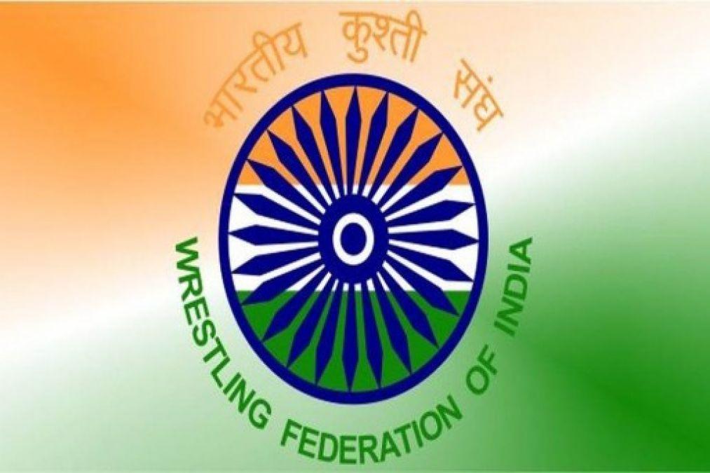 Showcause notice to wrestler Sakshi Malik for indiscipline