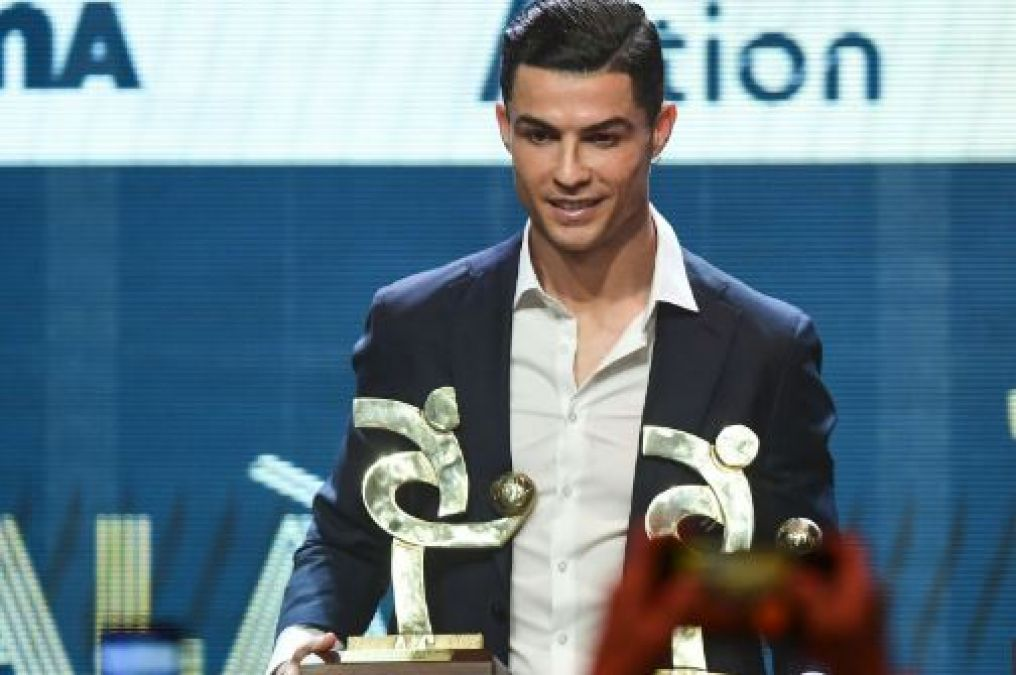Ronaldo became Italy's biggest footballer, honored with this award