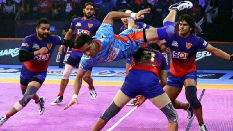 एलिमिनेटर मुकाबले में दबंग दिल्ली ने बंगाल वारियर्स को 39-28 से हराया