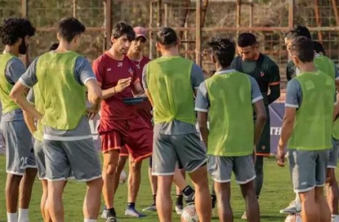 प्ले ऑफ में स्थान बनाने के लिए आपस में भिड़ेगी गोवा और हैदराबाद की टीम