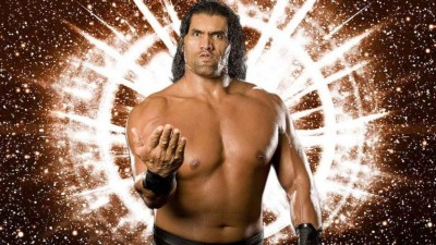 WWE champion 'The Great Khali' doing unique haircut of a boy, video viral