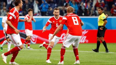 फीफा: रूस का विजय अभियान जारी है ,मिस्र को 3-1 से मात दी