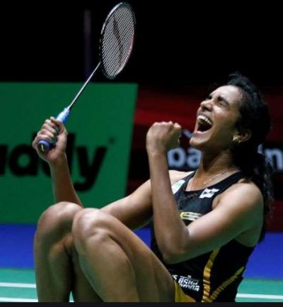 PV Sindhu gets 77 lakh rupees from the Hyderabad team in PBL 2019