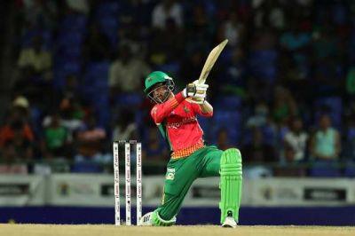 टी20 क्रिकेट में शोएब मलिक ने बनाया रिकॉर्ड, बने पहले एशियाई बल्लेबाज