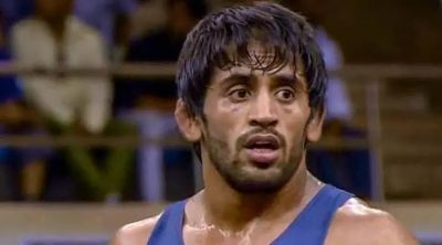 Veteran wrestler Bajrang Poonia removed his coach Sheko Benatinidis, Know the reason