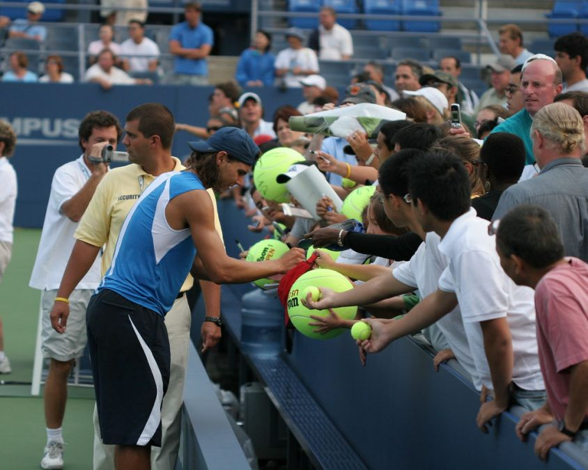 US Open: veteran tennis player Nadal's win the hearts of fans with his gesture