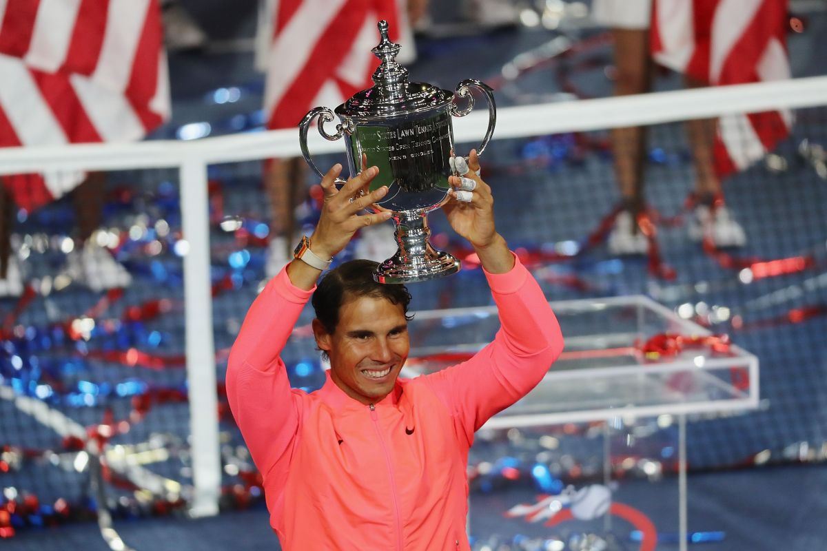 By the numbers - Nadal one major shy of Federer's 20