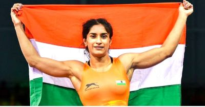 World Wrestling Championship: Vinesh Phogat made a winning debut, defeats Olympic medalist