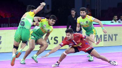 PKL 2019 : तीन बार की चैंपियन टीम को हराकर दिल्ली पहुंची शीर्ष पर