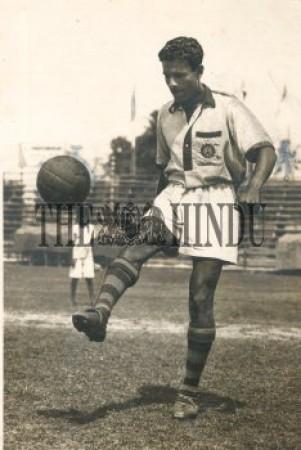 1950 के दशक के फुटबॉल खिलाड़ी अहमद हुसैन का निधन