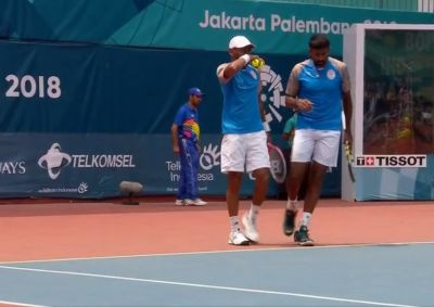 Asian Games 2018 :Rohan Bopanna, Divij Sharan win gold medal  in Tennis Men's Doubles