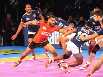 Dabang Delhi beats U Mumba in one of Pro Kabaddi League clash