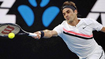 Australian Open: Federer march into semis
