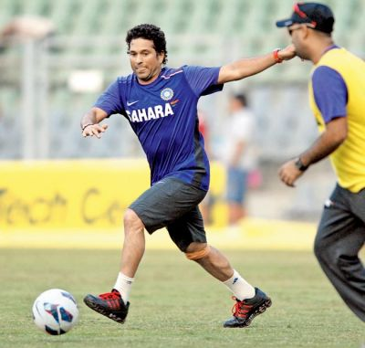 Even the God of Cricket Sachin Tendulkar could not escape from the FIFA fever