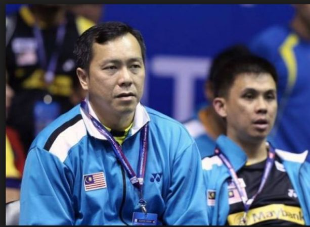 India's Badminton coach Malaysia's Tan Kim Her stepped down from his post