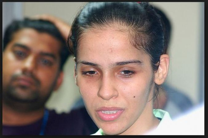 Saina Nehwal suffering from a health issue admitted into the hospital
