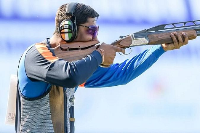 Ankur Mittal scripts history,  wins double trap gold in ISSF World Championship