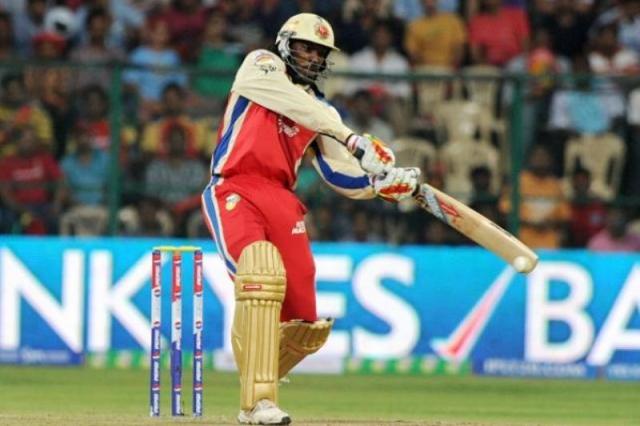 IPL 8 : चैलेंजर्स ने राइडर्स को 3 विकेट से हराया