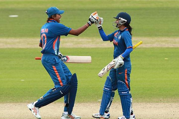टी-20 : भारतीय महिला टीम ने श्रीलंका को हराया