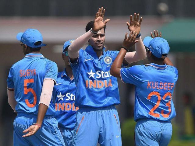 IndVsAus T20 : मैच जितने के बाद धोनी ने गेंदबाजों की जमकर तारीफ की