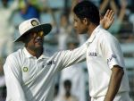 Meeting of the mind:Anil Kumble Deals with Rahul Dravin And MS Dhoni