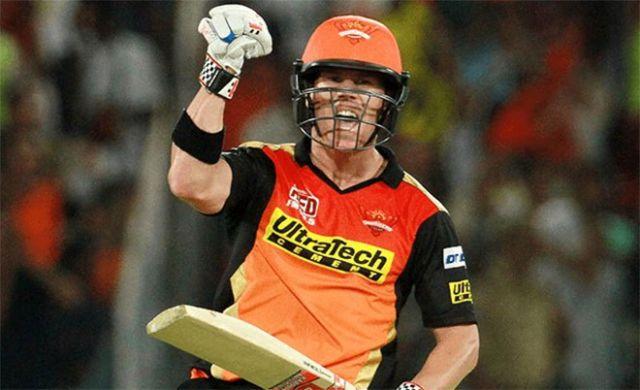 सनराइजर्स हैदराबाद ने धोनी की टीम पुणे को दी 4 रनो से मात