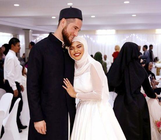 इस क्रिकेटर ने रचाई शादी ?