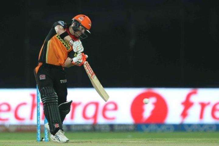 RCBvSRH Final LIVE : हैदराबाद की अच्छी शुरुआत, 2 विकेट गिरे