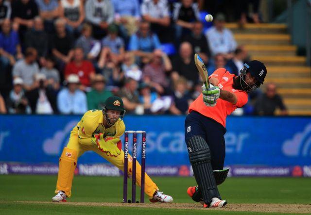 इंग्लैंड से टी-20 मैच भी हारा ऑस्ट्रेलिया