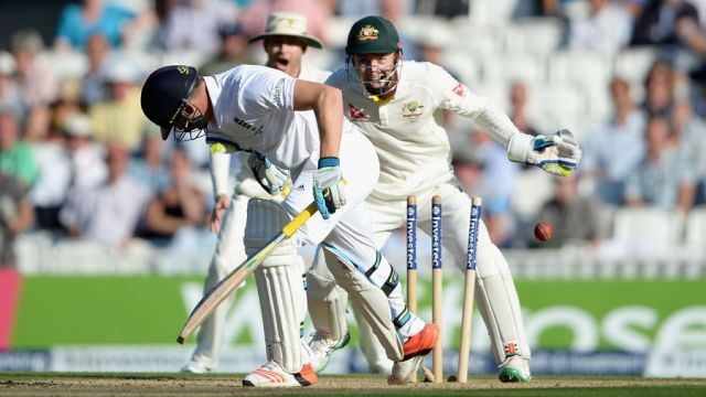 इंग्लैंड के विकेट कीपर बटलर की जगह बेयर्सटो को क्रिकेट टीम में लिया