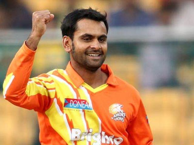 मोहम्मद हफीज़ घरेलु क्रिकेट में कर सकते है गेंदबाजी
