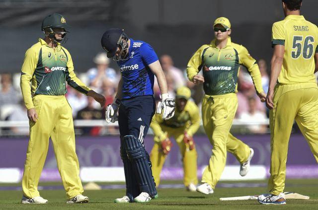 क्रिकेट के दौरान इस बल्लेबाज के सिर में लगी गेंद