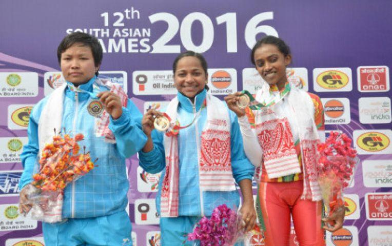 दक्षिण एशियाई खेल : भारत का दबदबा बरकरार, 30 स्वर्ण सहित कुल 45 पदक जीते